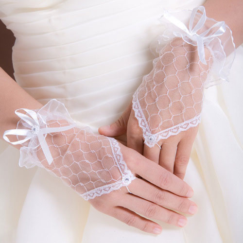 Looking for cheap wedding favors? You won't believe our selection of discount wedding favors! Browse our selection of high quality, inexpensive wedding favors at the best prices on the web.