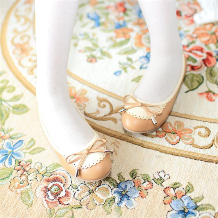 Fashion Lovely Round Closed Toe Beige PU Flats