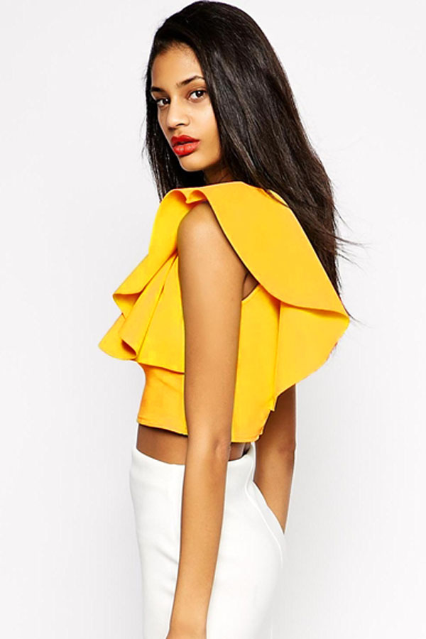 Cheap Sexy O Neck Sleeveless One-shoulder Ruffles Design Solid Yellow Polyester Crop Top