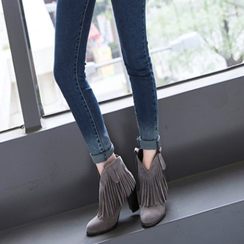 Stylish Round Toe Tassel Design Chunky High Heel Grey Suede Ankle Boots