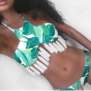 Sexy Tassel Design Green Polyester Two-piece Swimwear