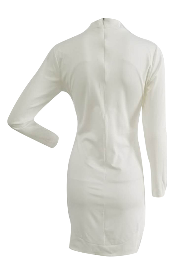 Trendy Rundhals Langarm Hollow-heraus weißes gesundes Gewebe-Hüllen-Minikleid