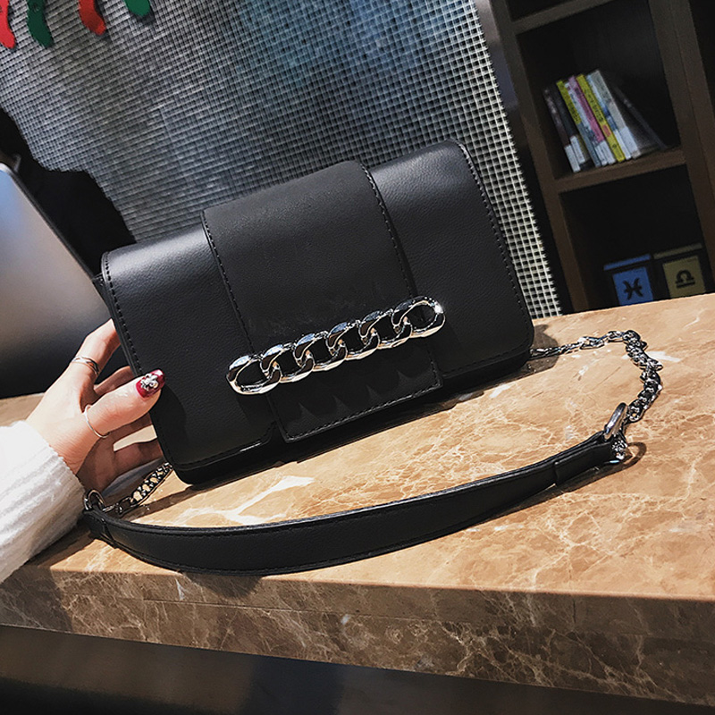 Fashion Chain Decoration Black Leather Crossbody Bag