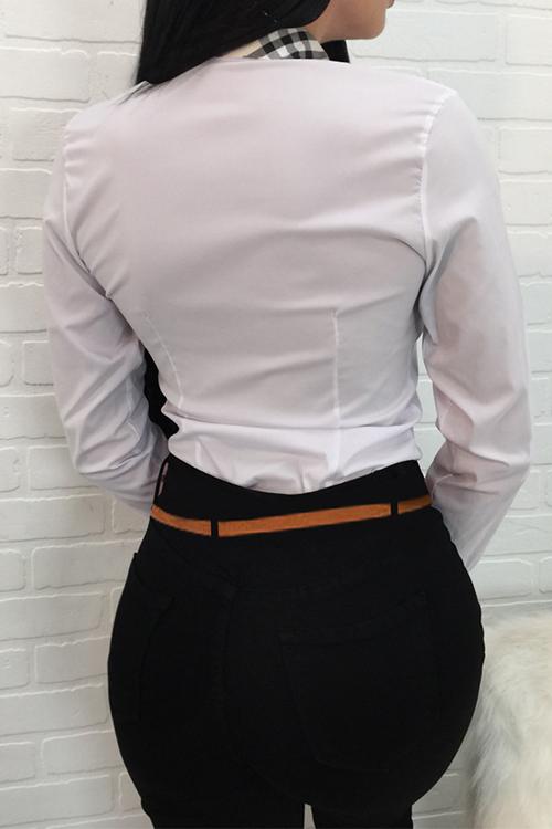 Camisas De Poliéster Blanco De Un Solo Pecho Con Cuello De Cisne De Moda