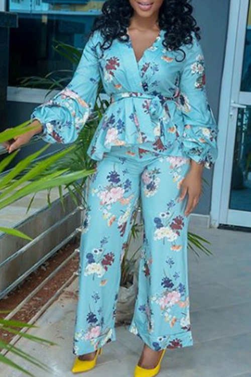 Lovely Stylish V Neck Lantern Sleeves Floral Printed Light Blue Qmilch Two-Piece Pants Set