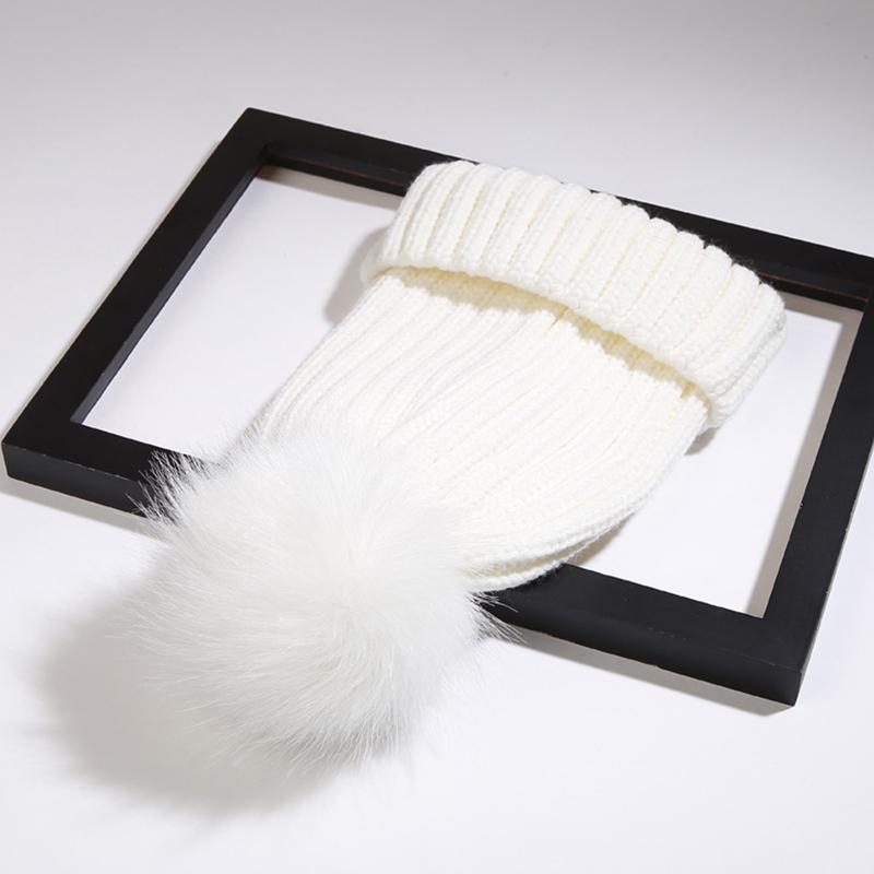 Lovelyfashion Maomao Ball Dekorative Weiße Wollmütze