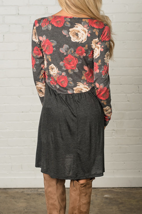 Lovely Casual Round Neck Floral Printed Grey Cotton Blend Knee Length Dress(Non Positioning Printing)