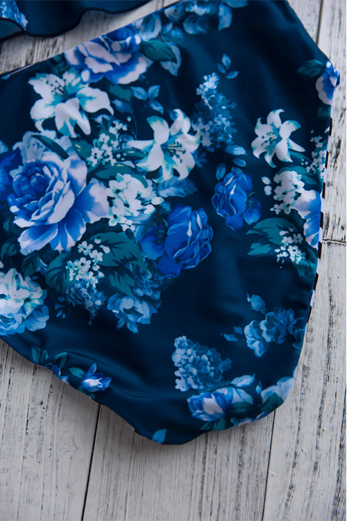 Lovely Sexy Floral Printed Falbala Design Blue Polyester Two-piece Swimwears
