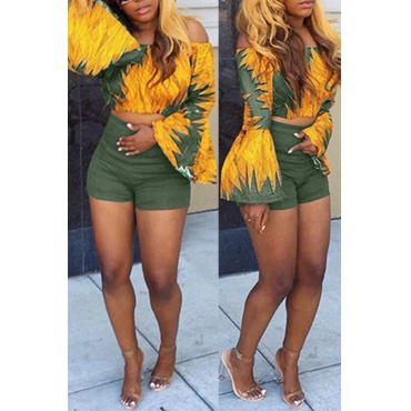 Lovely Trendy Bateau Neck Flared Sleeves Printing Army Green Polyester Two-piece Shorts Set