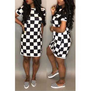 Lovely Casual Round Neck White+Black Grid Printed Polyester Mini Dress