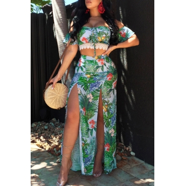 Lovely Fashion Bateau Neck Patchwork Striped Printed Green Qmilch Two-piece Skirt Set