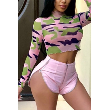 Lovely Chic Round Neck Camouflage Printed Pink Twilled Satin Two-piece Shorts Set