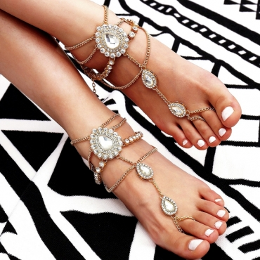 Lovely Fashion Rhinestone Decorate Gold Metal Anklet