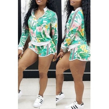 Lovely Fashion  Floral Printed  Green Two-piece Shorts Set