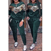 Lovely Casual Patchwork Sequined Decorative Blackish Green Velvet Two-piece Pants Set