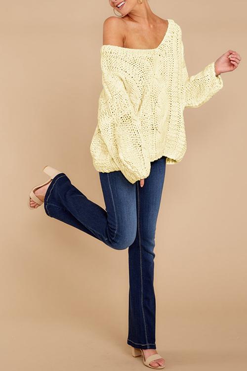 Lovely Fashion Long Sleeves Hollow-out Ke-Bai Mi Sweaters