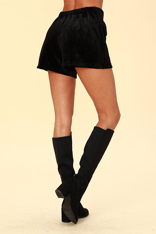 Lovely Chic Loose Black Velvet  Shorts