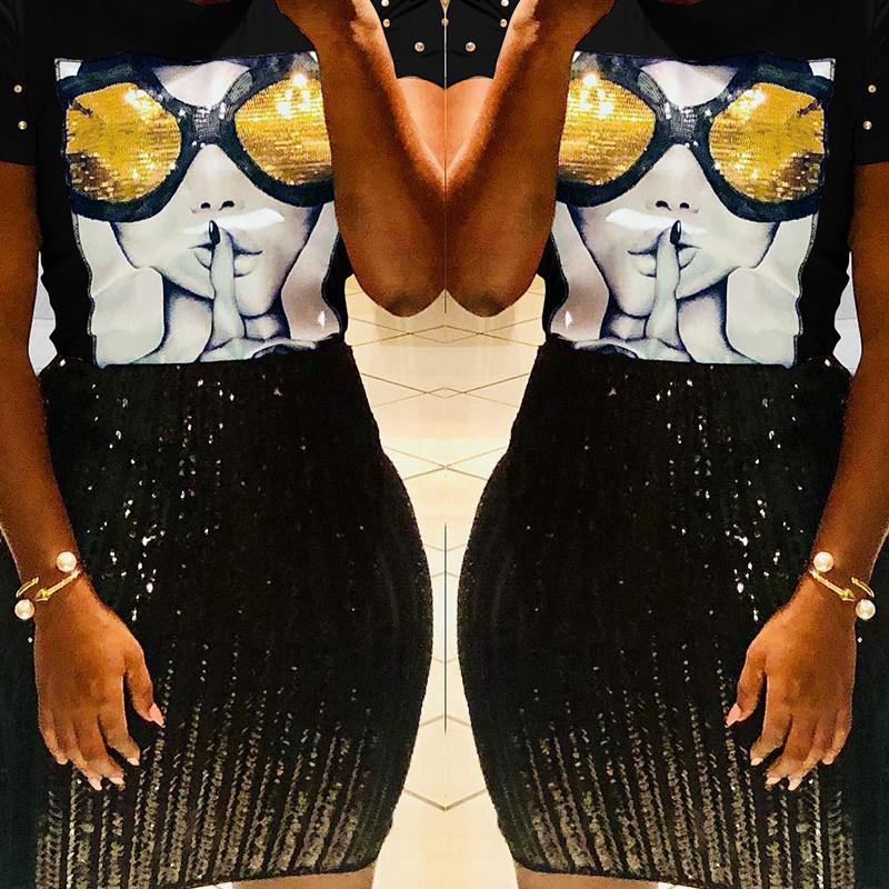 Lovely Chic Sequined Decorative Black Blending T-shirt
