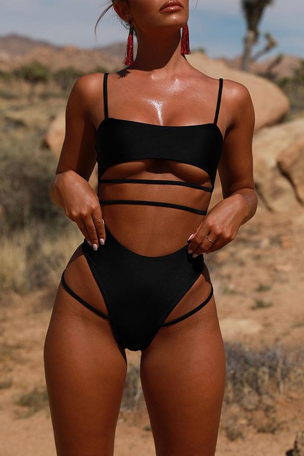 Precioso Traje De Baño Negro De Una Pieza Ahuecado A La Moda