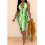 Lovely Sexy Printed Green Twilled Satin One-piece Rompers