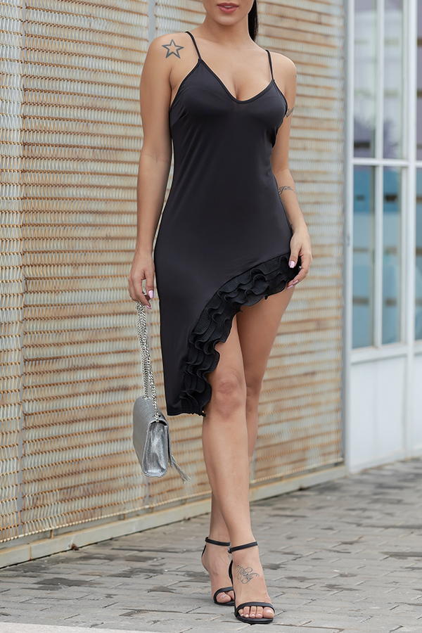 Lovely Sexy Asymmetrical Ruffle Design Black Knee Length Dress(With Elastic)