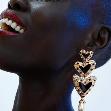 Lovely Heart-shape Black Earring