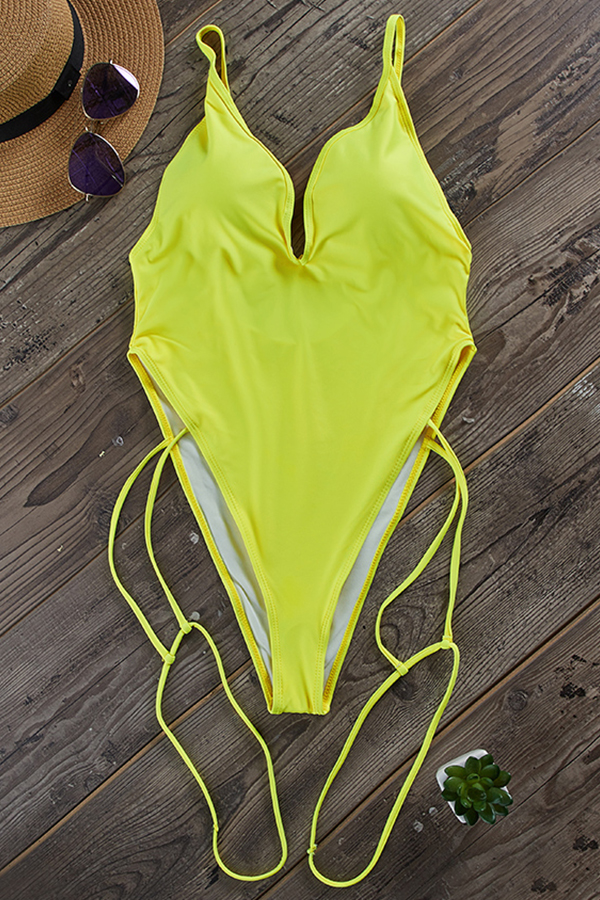 Lovely Deep V Neck Yellow One-piece Swimwear
