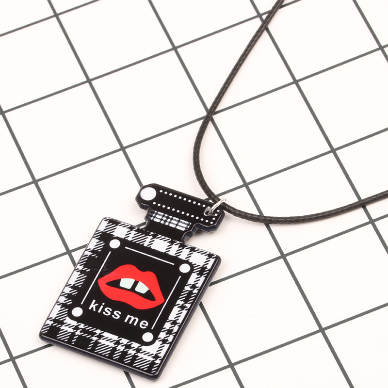 Lovely Stylish Printed Black Necklace