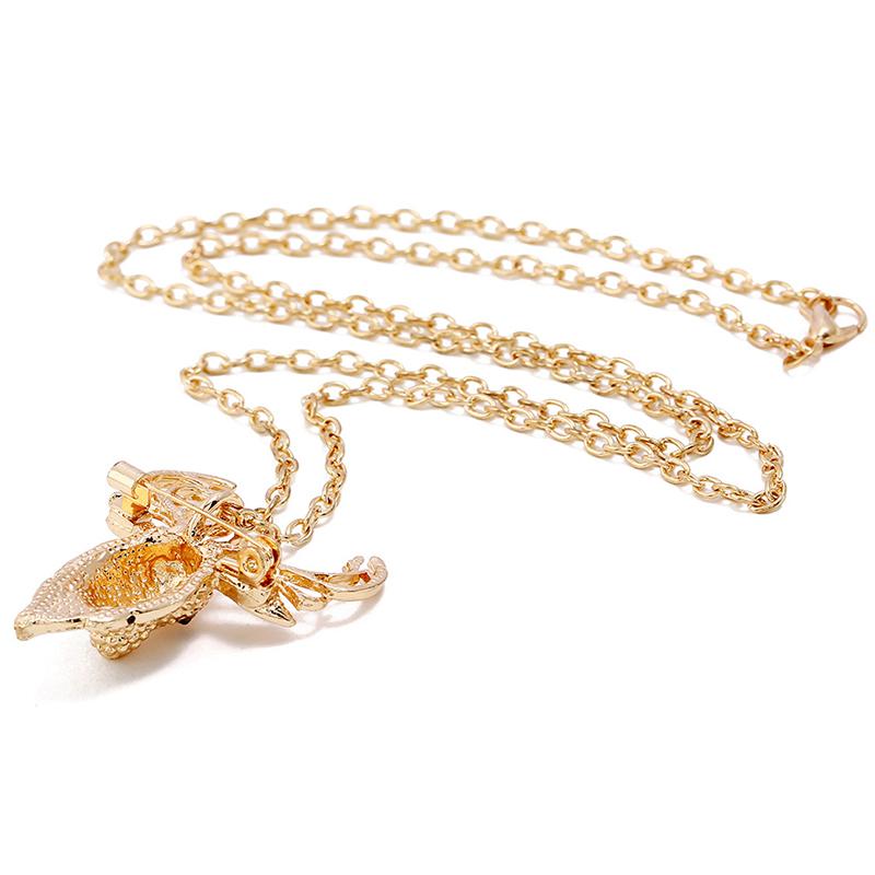 Lovely Stylish Rhinestone Decoration Gold Alloy Necklace