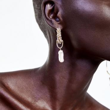Lovely Retro Asymmetrical Gold Alloy Earring