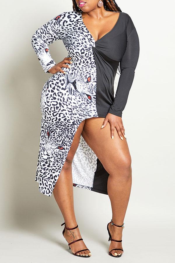 Lovely Leisure Leopard Printed Black Knee Length Plus Size Dress