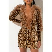Lovely Casual V Neck Patchwork Leopard Printed Mini Dress