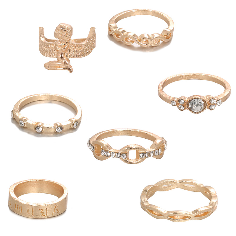 Lovely Casual 7-piece Gold Ring
