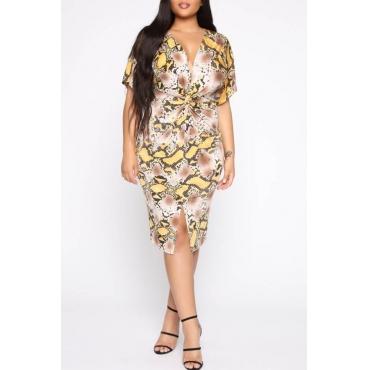 Lovely Casual V Neck Snakeskin Printed Knee Length Plus Size Dress