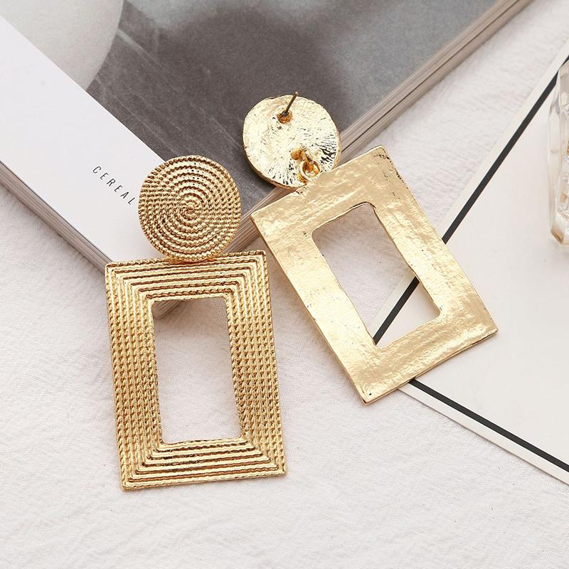 Lovely Trendy Gold Earring фото