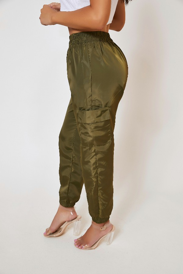 Lovely Casual Pocket Patched Green Pants