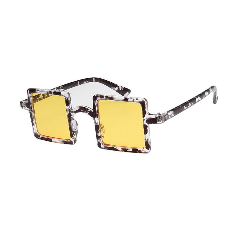 Lovely Casual Big Frame Design Yellow Sunglasses