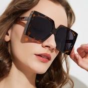 Lovely Retro Print Brown Sunglasses