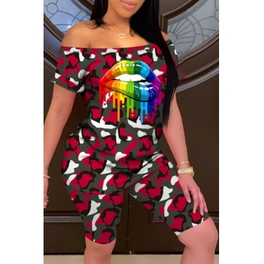 Lovely Casual Camo Print Red Plus Size Two-piece Shorts Set
