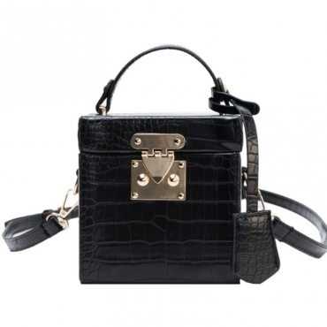 lovely Chic Black Crossbody Bag