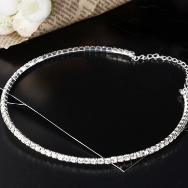 lovely Street Rhinestone Decorative Silver Necklace