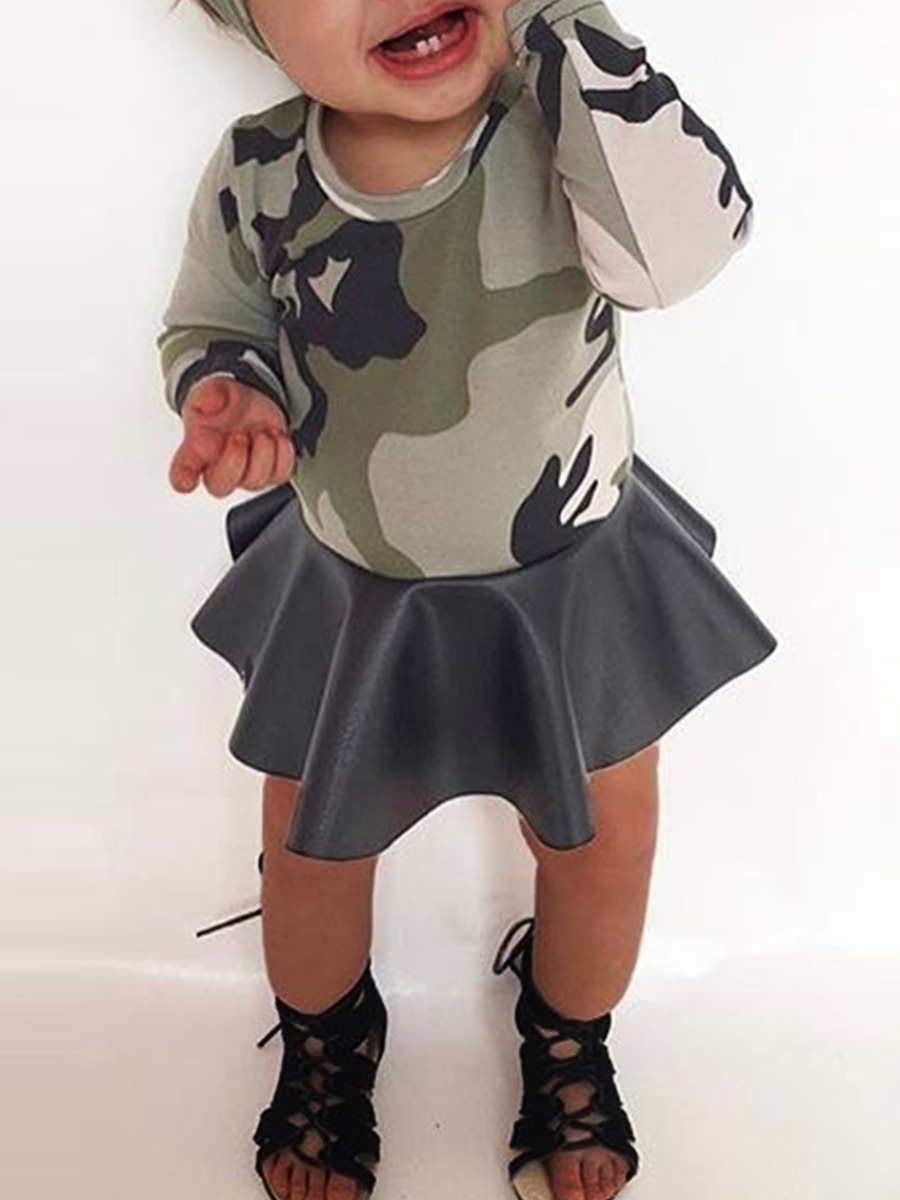 Girls Two-piece Skirt Set lovely Casual O Neck Camo Print Girl Two-piece Skirt Set фото
