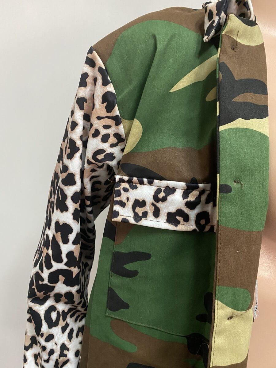 Lovely Stylish Turndown Collar Camo Print Coat(Wit