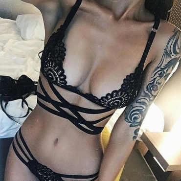 Lovely Sexy Hollow-out Black Bra Sets