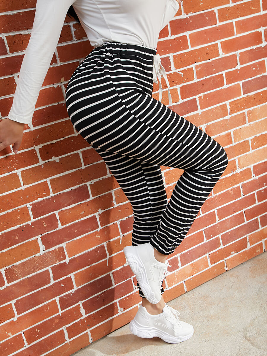 Lovely Casual Mid Elastic Waist Drawstring Striped
