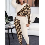 Lovely Casual Leopard Print Stitching Two Piece Pa