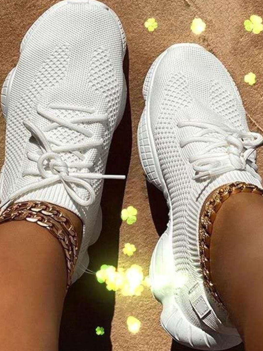 LW Sporty Round-toe White Sneakers
