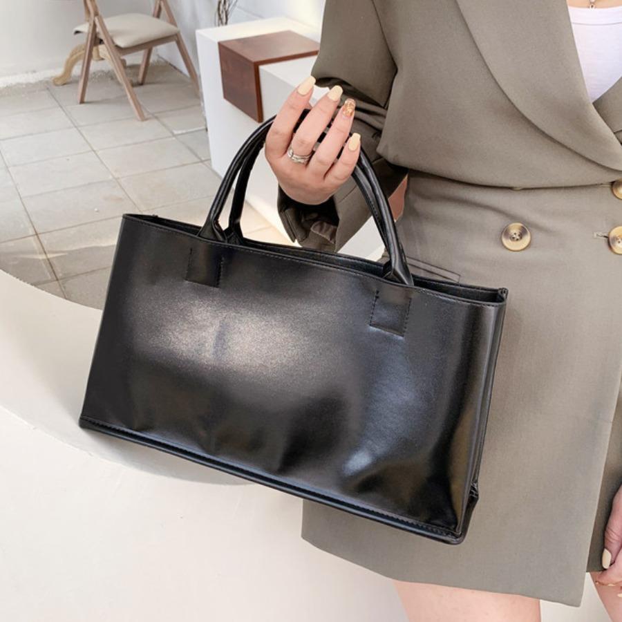 LW BASIC Casual Rectangular Black Messenger Bag