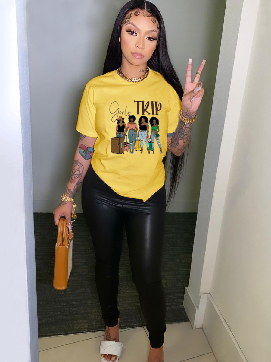 Lovely Casual Figure Letter Print Yellow T-shirt