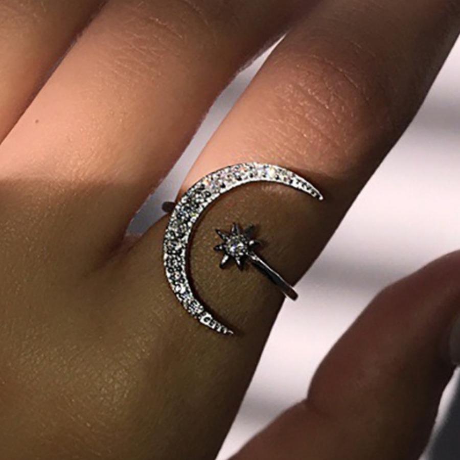 LW Crescent Moon Star Ring Set